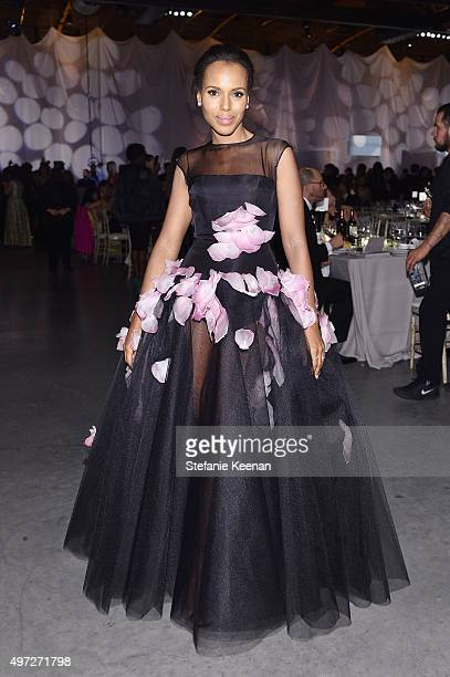 Actress Kerry Washington attends the 2015 Baby2Baby Gala presented by MarulaOil Kayne Capital Advisors Foundation honoring Kerry Washington at 3LABS...