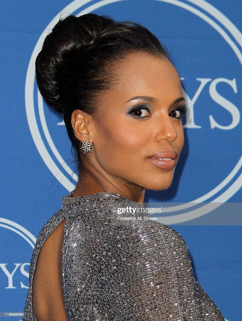 Actress Kerry Washington poses in the press room at The 2011 ESPY Awards at Nokia Theatre L.A. Live on July 13, 2011 in Los Angeles, California.