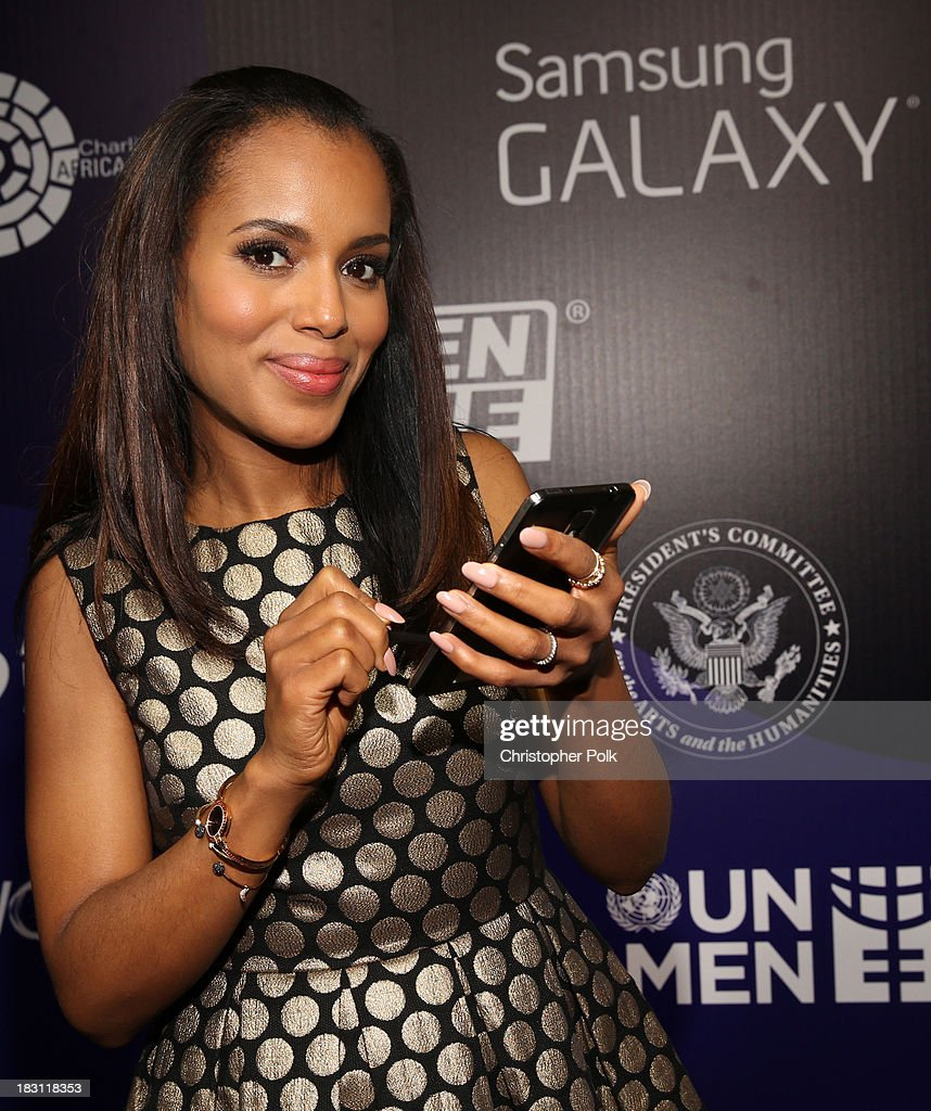 Actress <a gi-track='captionPersonalityLinkClicked' href=/galleries/search?phrase=Kerry+Washington&family=editorial&specificpeople=201534 ng-click='$event.stopPropagation()'>Kerry Washington</a> signs photo for Samsung's Signatures for Good on the Samsung Galaxy Note 3 at Variety's 5th Annual Power of Women event presented by Lifetime at the Beverly Wilshire Four Seasons Hotel on October 4, 2013 in Beverly Hills, California.