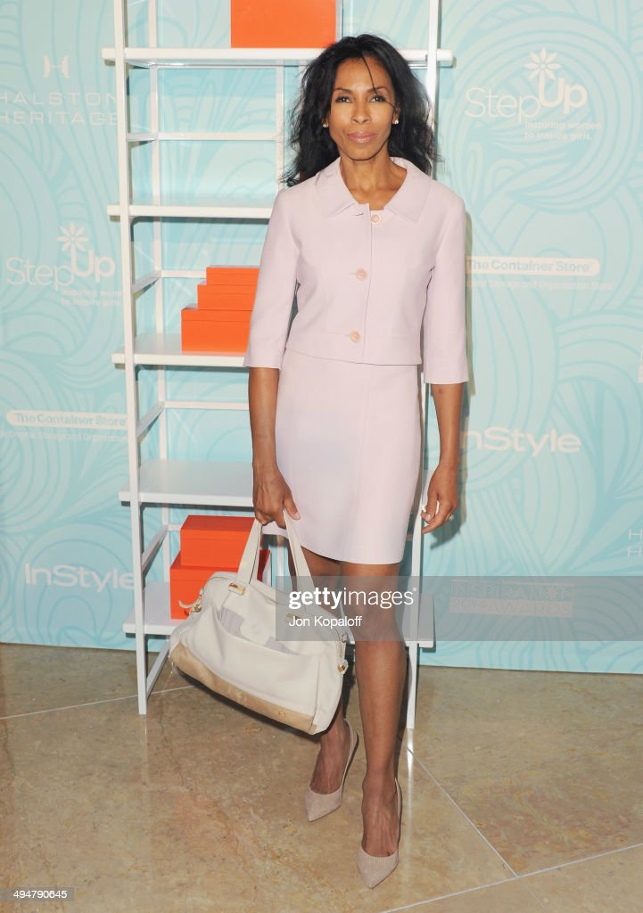 Actress <a gi-track='captionPersonalityLinkClicked' href=/galleries/search?phrase=Khandi+Alexander&family=editorial&specificpeople=214102 ng-click='$event.stopPropagation()'>Khandi Alexander</a> arrives at the Step Up 11th Annual Inspiration Awards at The Beverly Hilton Hotel on May 30, 2014 in Beverly Hills, California.