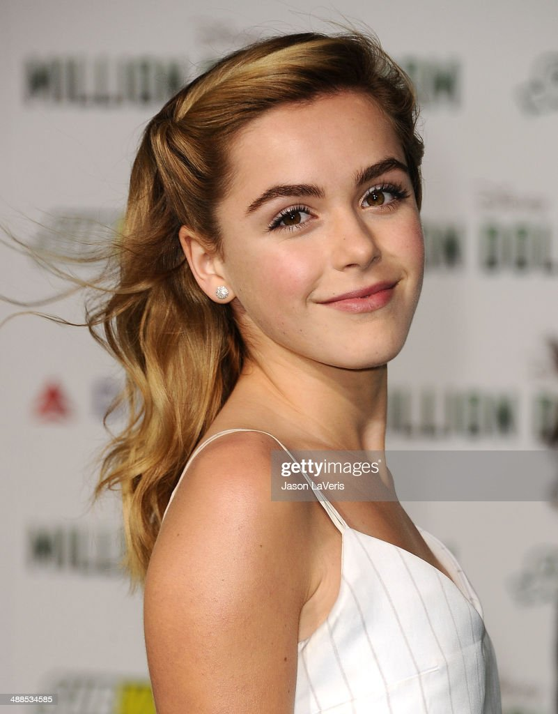 Actress <a gi-track='captionPersonalityLinkClicked' href=/galleries/search?phrase=Kiernan+Shipka&family=editorial&specificpeople=5535048 ng-click='$event.stopPropagation()'>Kiernan Shipka</a> attends the premiere of 'Million Dollar Arm' at the El Capitan Theatre on May 6, 2014 in Hollywood, California.