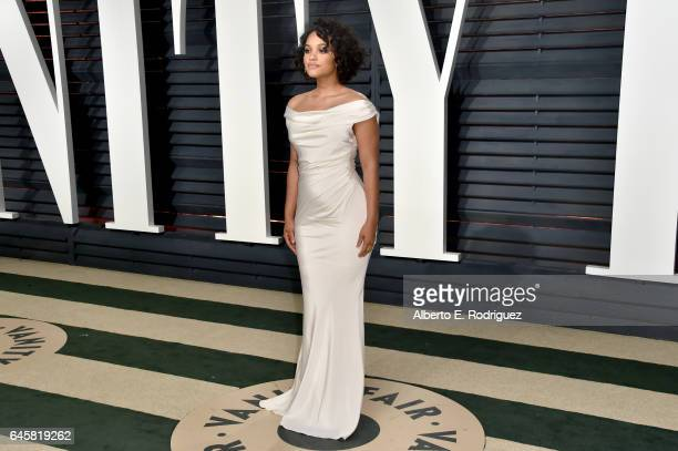 Actress Kiersey Clemons attends the 2017 Vanity Fair Oscar Party hosted by Graydon Carter at Wallis Annenberg Center for the Performing Arts on...