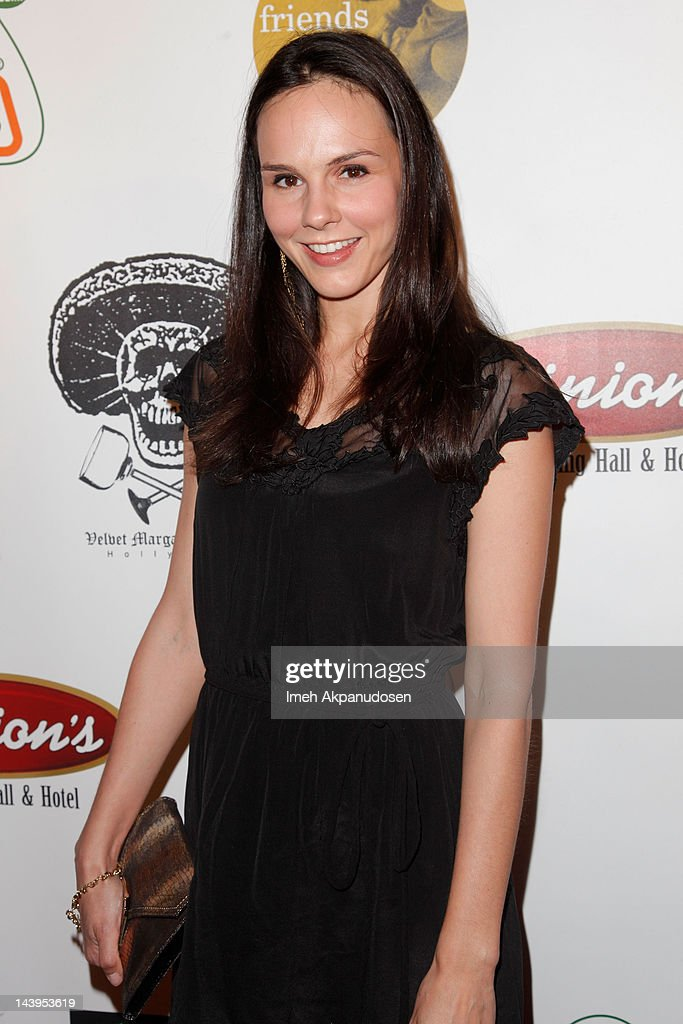 Actress Kim Bubbs attends the 8th Annual Cinco de Mayo Benefit And Charity Celebrity Poker Tournament at Velvet Margarita on May 5, 2012 in Hollywood, California.