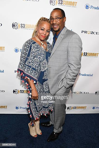Actress Kim Fields with husband Christopher Morgan attends the 2016 Sustaining Success Summit at College Football Hall of Fame on August 11 2016 in...