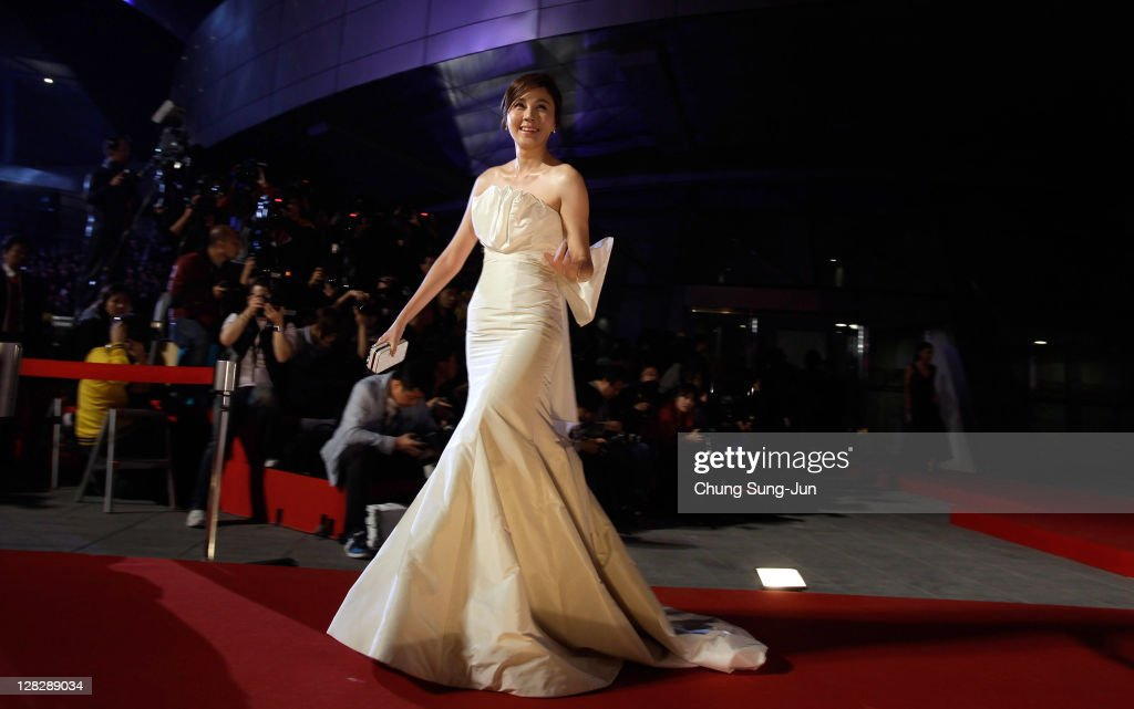 Actress <a gi-track='captionPersonalityLinkClicked' href=/galleries/search?phrase=Kim+Ha-Neul+-+Actress&family=editorial&specificpeople=5506055 ng-click='$event.stopPropagation()'>Kim Ha-Neul</a> arrives for the opening ceremony of the 16th Busan International Film Festival (BIFF) at the Busan Cinema Center on October 6, 2011 in Busan, South Korea. The biggest film festival in Asia showcases 307 films from 70 countries and runs from October 6-14.