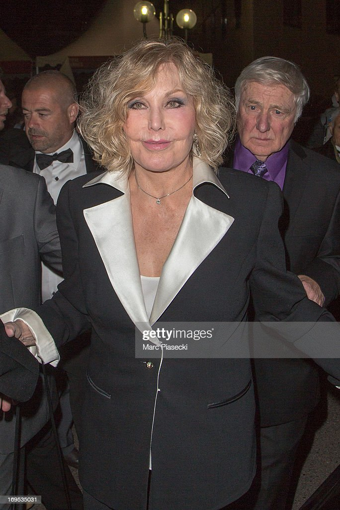 Actress Kim Novak and Robert Malloy arrive at the 'Agora' dinner during the 66th Annual Cannes Film Festival on May 26, 2013 in Cannes, France.