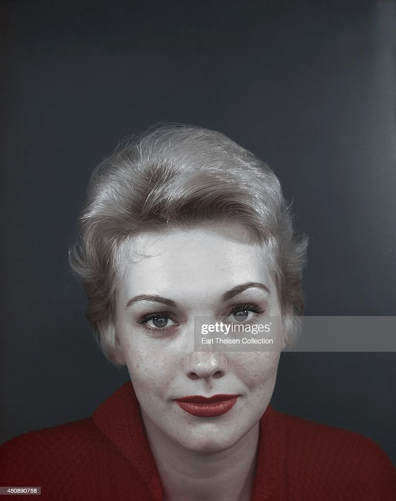 Actress kim novak poses for a portrait circa 1955 in los angeles