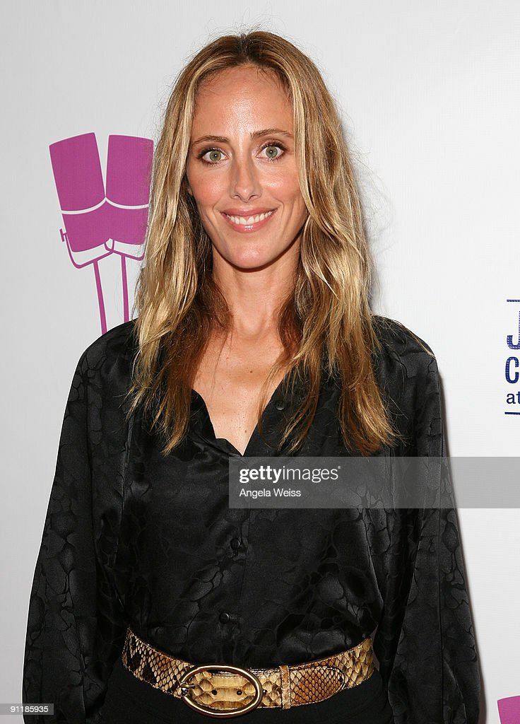Actress Kim Raver arrives at 'What A Pair 7' the seventh annual celebrity concert benefiting the John Wayne Cancer Institute at The Broad Stage on...