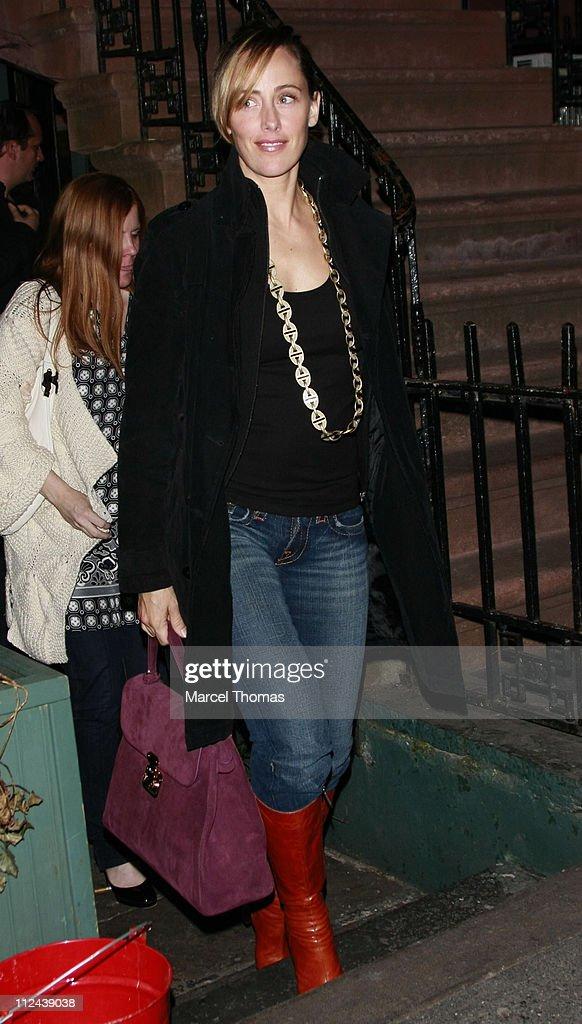 Actress Kim Raver visits The Waverly Inn Garden restaurant on March 29 2008 in New York City