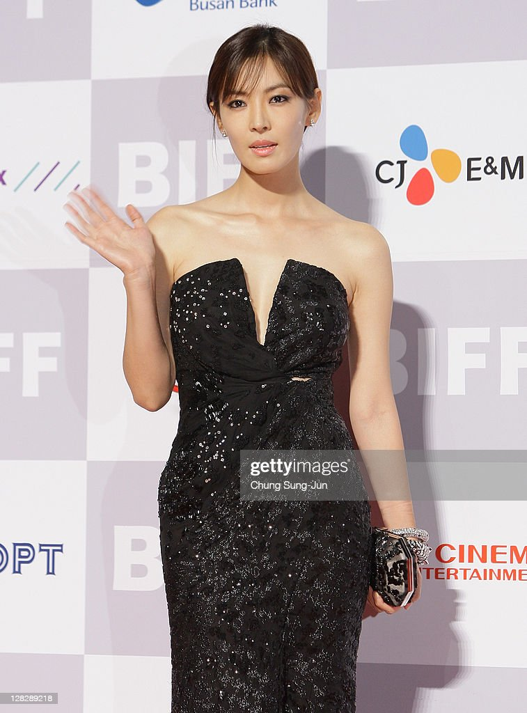 Actress Kim So-Yeon arrives for the opening ceremony of the 16th Busan International Film Festival (BIFF) at the Busan Cinema Center on October 6, 2011 in Busan, South Korea. The biggest film festival in Asia showcases 307 films from 70 countries and runs from October 6-14.