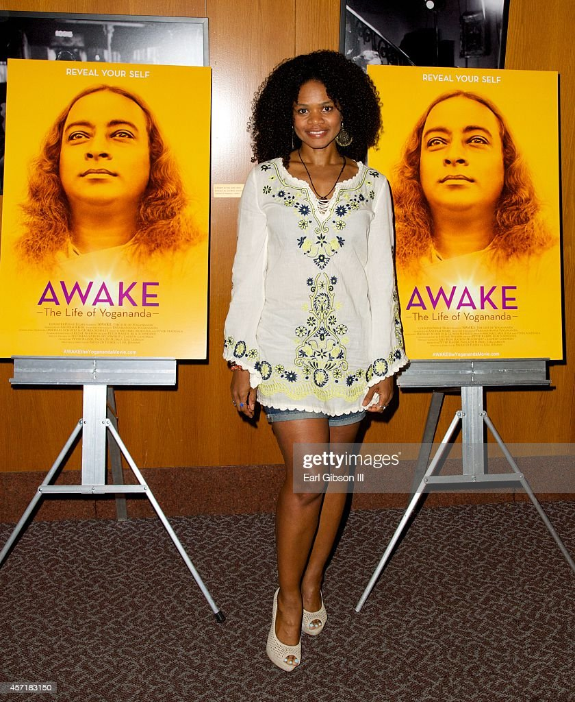 Actress Kimberly Elise attends 'AWAKE: The Life Of Yogananda'-Los Angeles Premiere at DGA Theater on October 13, 2014 in Los Angeles, California.