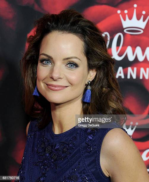 Actress Kimberly WilliamsPaisley arrives at Hallmark Channel And Hallmark Movies And Mysteries Winter 2017 TCA Press Tour at The Tournament House on...