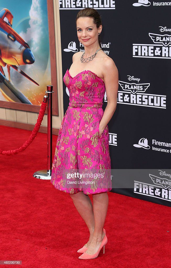 Actress <a gi-track='captionPersonalityLinkClicked' href=/galleries/search?phrase=Kimberly+Williams-Paisley&family=editorial&specificpeople=208903 ng-click='$event.stopPropagation()'>Kimberly Williams-Paisley</a> attends the premiere of Disney's 'Planes: Fire & Rescue' at the El Capitan Theatre on July 15, 2014 in Hollywood, California.