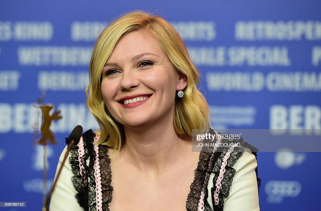 US actress Kirsten Dunst a press conference for the film ' Midnight Special' by Jeff Nichols' screened in competition of the 66th Berlinale Film Festival in Berlin on February 12, 2016. / AFP / John MACDOUGALL