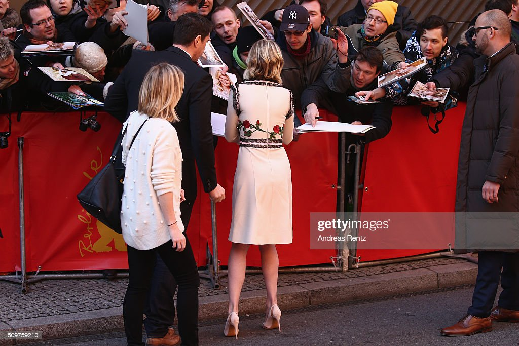 Actress <a gi-track='captionPersonalityLinkClicked' href=/galleries/search?phrase=Kirsten+Dunst&family=editorial&specificpeople=171590 ng-click='$event.stopPropagation()'>Kirsten Dunst</a> arrives for the 'Midnight Special' photo call during the 66th Berlinale International Film Festival Berlin at Grand Hyatt Hotel on February 12, 2016 in Berlin, Germany.