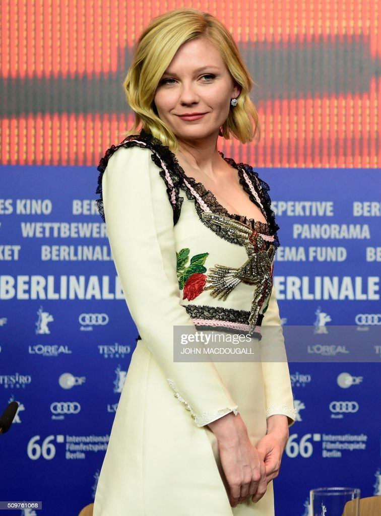 US actress Kirsten Dunst attends a press conference for the film ' Midnight Special' by Jeff Nichols' screened in competition of the 66th Berlinale Film Festival in Berlin on February 12, 2016. / AFP / John MACDOUGALL