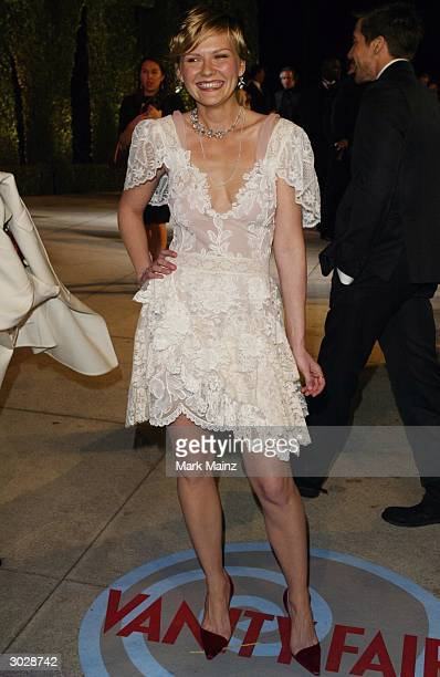 Actress Kirsten Dunst attends The 2004 Vanity Fair Oscar Party at Mortons Restaurant February 29 2004 in Hollywood California