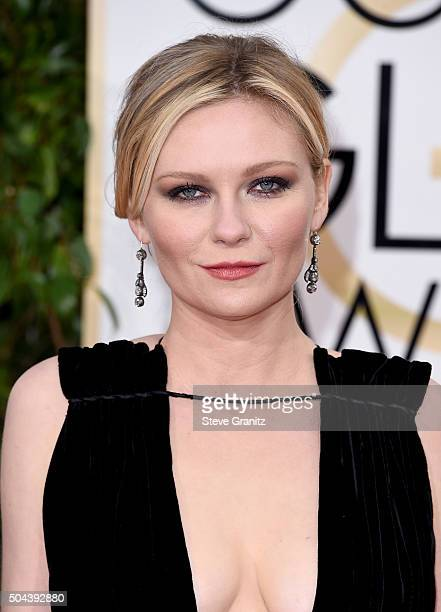 Actress Kirsten Dunst attends the 73rd Annual Golden Globe Awards held at the Beverly Hilton Hotel on January 10 2016 in Beverly Hills California