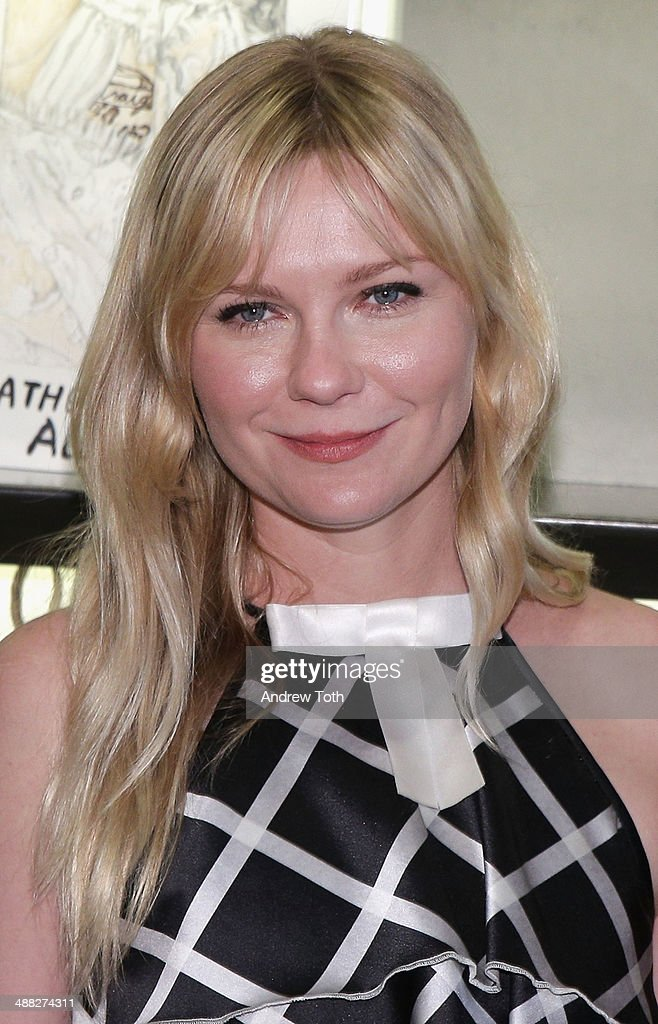 Actress <a gi-track='captionPersonalityLinkClicked' href=/galleries/search?phrase=Kirsten+Dunst&family=editorial&specificpeople=171590 ng-click='$event.stopPropagation()'>Kirsten Dunst</a> attends the Rodarte Book Launch Party at Curve Boutique on May 4, 2014 in New York City.