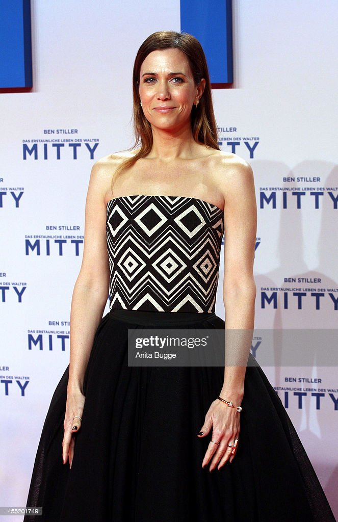 Actress Kirsten Wiig attends the German premiere of the film 'The Secret Life Of Walter Mitty' (Das erstaunliche Leben des Walter Mitty) at Zoo Palast on December 11, 2013 in Berlin, Germany.