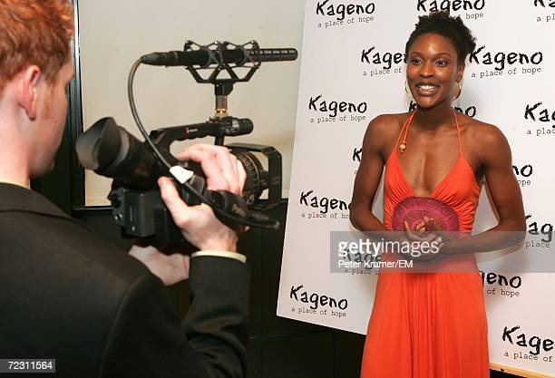 Actress Kissy Simmons poses for a photo at the Kagenoorg benefit at Guastavino's October 30 2006 in New York City