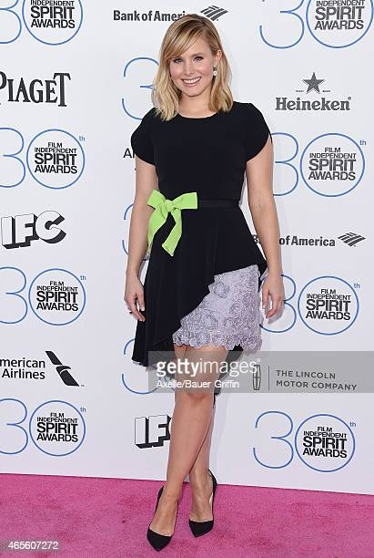 Actress Kristen Bell arrives at the 2015 Film Independent Spirit Awards on February 21 2015 in Santa Monica California