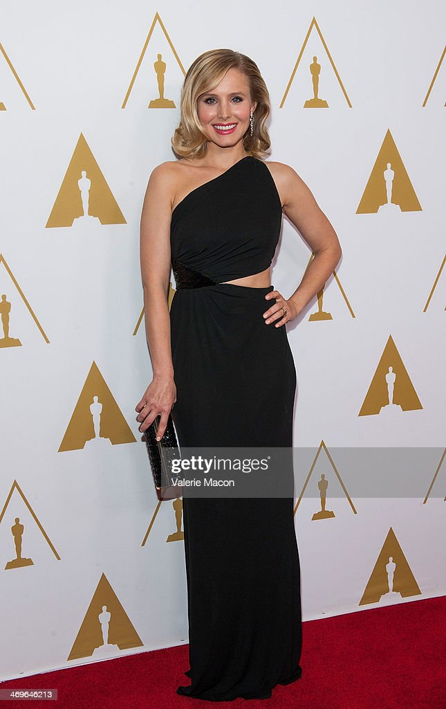 Actress <a gi-track='captionPersonalityLinkClicked' href=/galleries/search?phrase=Kristen+Bell&family=editorial&specificpeople=194764 ng-click='$event.stopPropagation()'>Kristen Bell</a> arrives at the Academy Of Motion Picture Arts And Sciences' Scientific And Technical Awards Ceremony at Beverly Hills Hotel on February 15, 2014 in Beverly Hills, California.