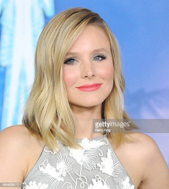 Actress Kristen Bell arrives at the Los Angeles Premiere 'Frozen' on November 19 2013 at the El Capitan Theatre in Hollywood California
