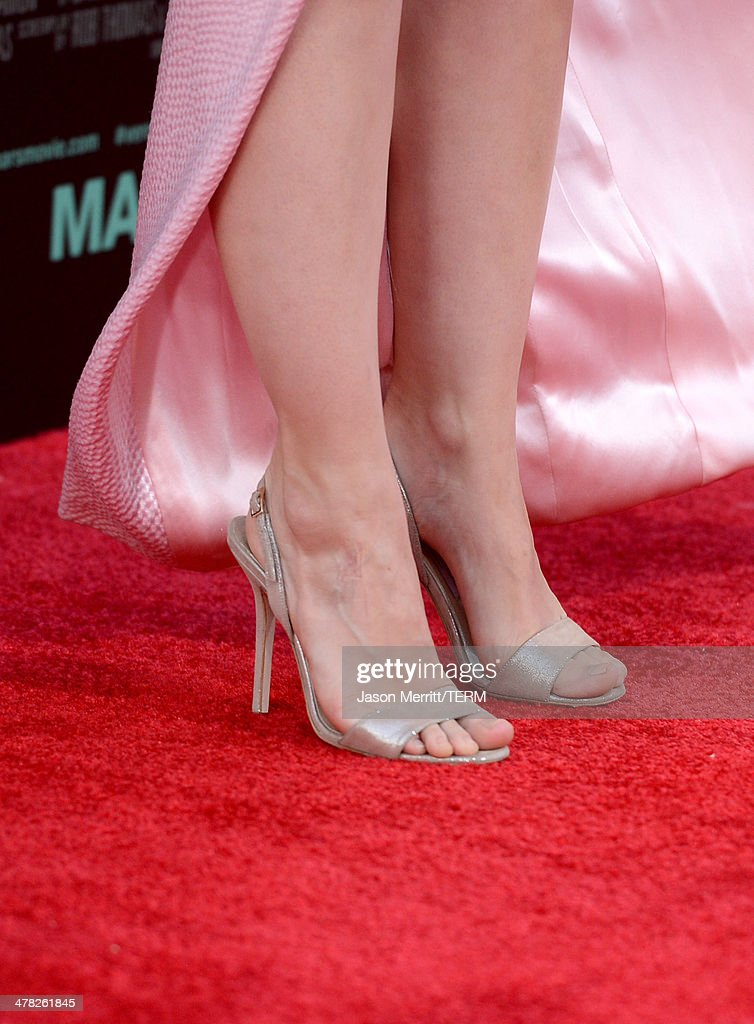 Actress Kristen Bell (shoe detail) arrives at the Los Angeles premiere of 'Veronica Mars' at TCL Chinese Theatre on March 12, 2014 in Hollywood, California.