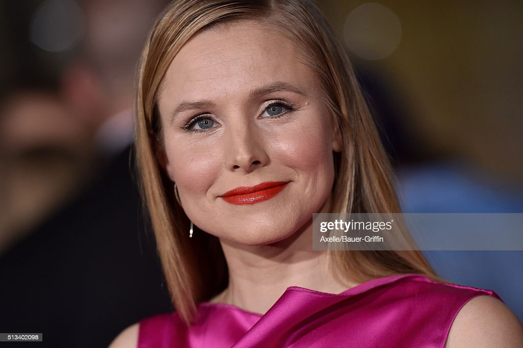 Actress Kristen Bell arrives at the premiere of Walt Disney Animation Studios' 'Zootopia' at the El Capitan Theatre on February 17 2016 in Hollywood...