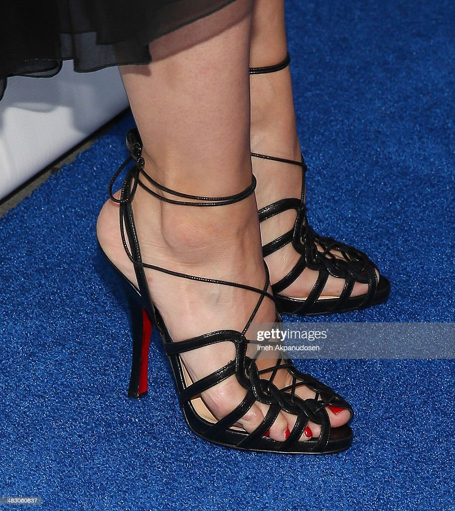 Actress Kristen Bell (shoe detail) attends the 2nd Light Up The Blues Concert - An Evening Of Music To Benefit Autism Speaks at The Theatre At Ace Hotel on April 5, 2014 in Los Angeles, California.
