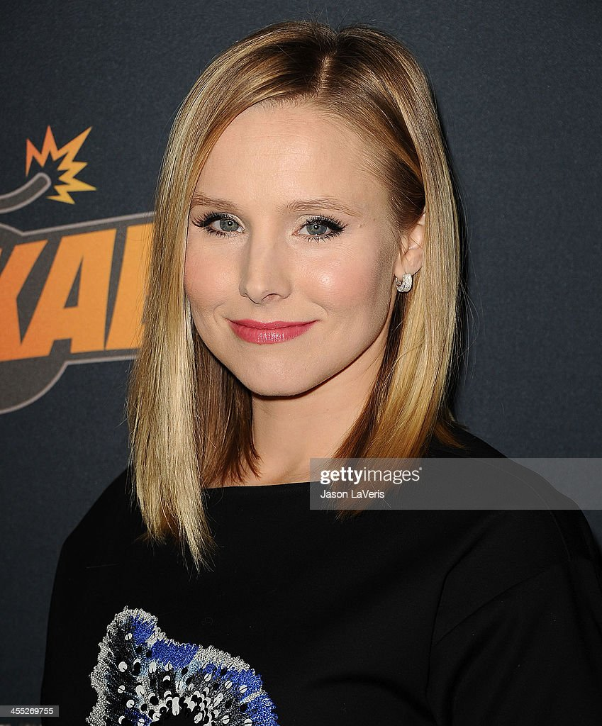 Actress <a gi-track='captionPersonalityLinkClicked' href=/galleries/search?phrase=Kristen+Bell&family=editorial&specificpeople=194764 ng-click='$event.stopPropagation()'>Kristen Bell</a> attends 'The Hobbit: The Desolation Of Smaug' expansion pack game launch at Eveleigh on December 11, 2013 in West Hollywood, California.