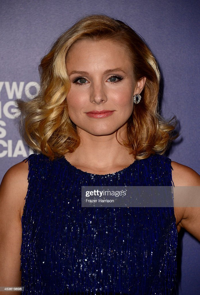Actress <a gi-track='captionPersonalityLinkClicked' href=/galleries/search?phrase=Kristen+Bell&family=editorial&specificpeople=194764 ng-click='$event.stopPropagation()'>Kristen Bell</a> attends the Hollywood Foreign Press Association's Grants Banquet at The Beverly Hilton Hotel on August 14, 2014 in Beverly Hills, California.