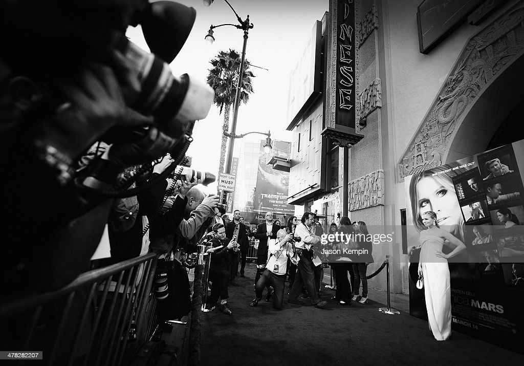 Actress <a gi-track='captionPersonalityLinkClicked' href=/galleries/search?phrase=Kristen+Bell&family=editorial&specificpeople=194764 ng-click='$event.stopPropagation()'>Kristen Bell</a> attends the Los Angeles Premiere Of 'Veronica Mars'at TCL Chinese Theatre on March 12, 2014 in Hollywood, California.