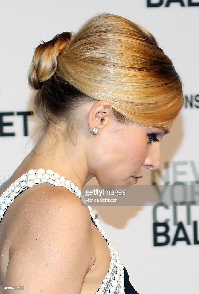 Actress Kristen Bell (hair detail) attends the New York City Ballet 2014 Spring Gala at David H. Koch Theater, Lincoln Center on May 8, 2014 in New York City.