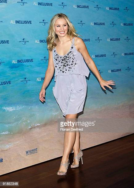 Actress Kristen Bell attends the photocall for the Germany premiere of 'All Inclusive' at Hyatt Hotel on October 13 2009 in Hamburg Germany