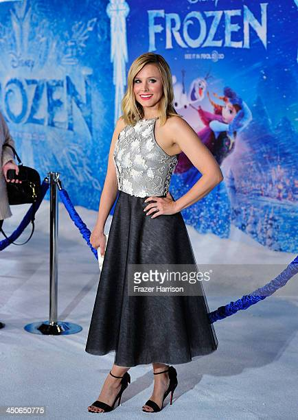 Actress Kristen Bell attends the premiere of Walt Disney Animation Studios' 'Frozen'at the El Capitan Theatre on November 19 2013 in Hollywood...