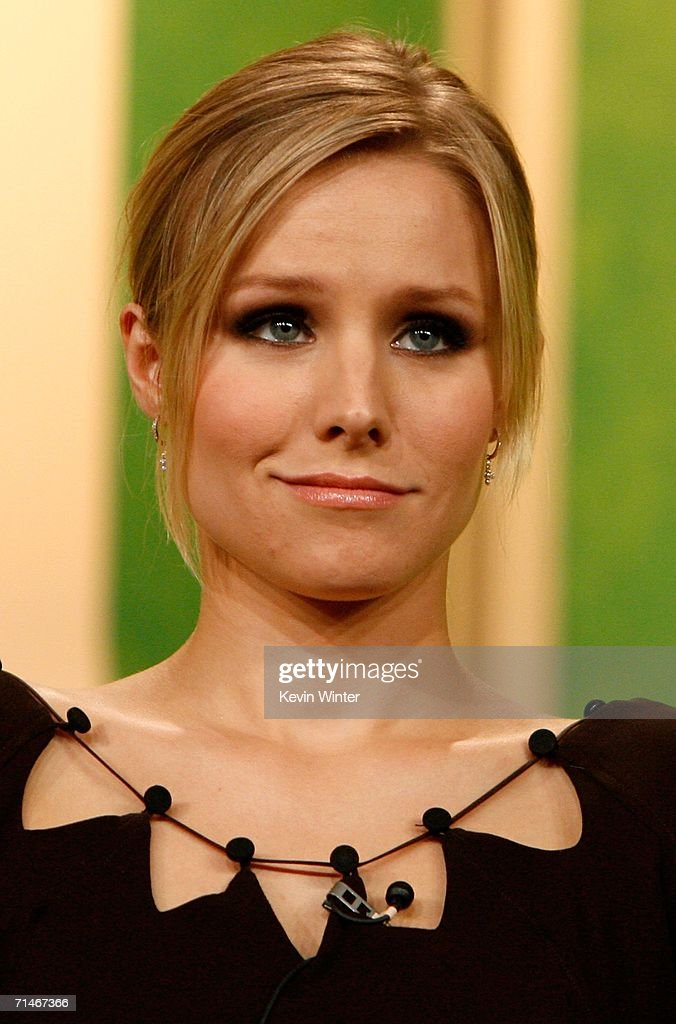Actress Kristen Bell of the series 'Veronica Mars' attends the 2006 Summer Television Critics Association Press Tour for the The CW Network at the...