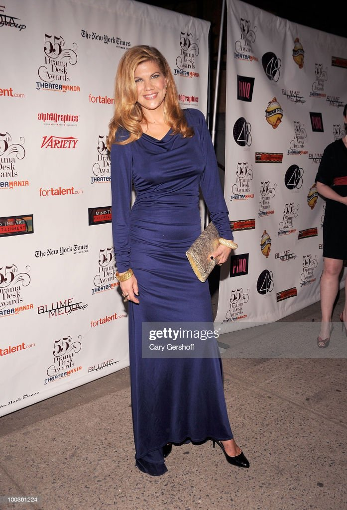 Actress Kristen Johnston arrives at the 55th Annual Drama Desk Awards at the FH LaGuardia Concert Hall at Lincoln Center on May 23, 2010 in New York City.