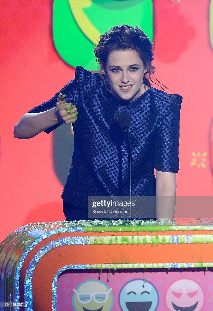 Actress Kristen Stewart accepts the Favorite Movie Actress Award for 'The Twilight Saga: Breaking Dawn – Part 2,' onstage during Nickelodeon's 26th Annual Kids' Choice Awards at USC Galen Center on March 23, 2013 in Los Angeles, California.