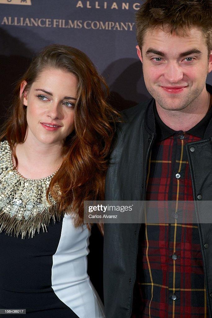 Actress Kristen Stewart and actor Robert Pattinson attend the 'The Twilight Saga: Breaking Dawn - Part 2' (La Saga Crepusculo: Amanecer Parte 2) photocall at the Villamagna Hotel on November 15, 2012 in Madrid, Spain.