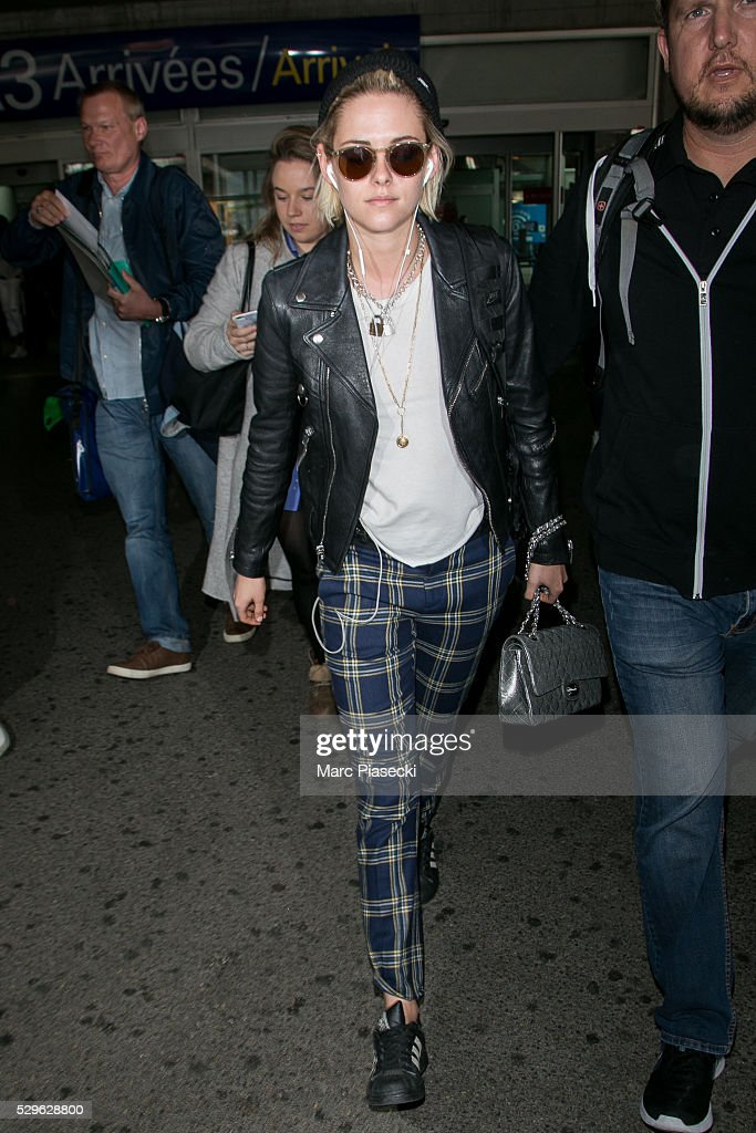 actress-kristen-stewart-arrives-at-nice-airport-during-the-annual-picture-id529628800