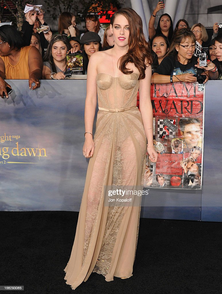 Actress Kristen Stewart arrives at the Los Angeles Premiere 'The Twilight Saga: Breaking Dawn - Part 2' at Nokia Theatre L.A. Live on November 12, 2012 in Los Angeles, California.