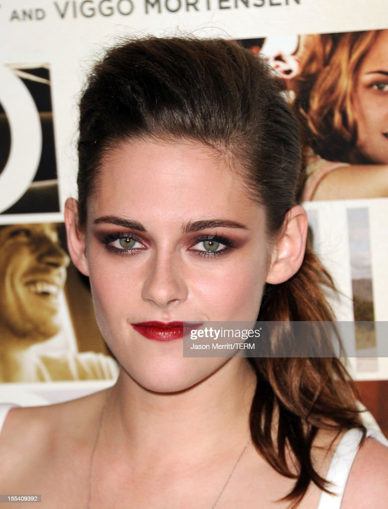 Actress <a gi-track='captionPersonalityLinkClicked' href=/galleries/search?phrase=Kristen+Stewart&family=editorial&specificpeople=2166264 ng-click='$event.stopPropagation()'>Kristen Stewart</a> arrives at the 'On The Road' premiere during the 2012 AFI Fest presented by Audi at Grauman's Chinese Theatre on November 3, 2012 in Hollywood, California.