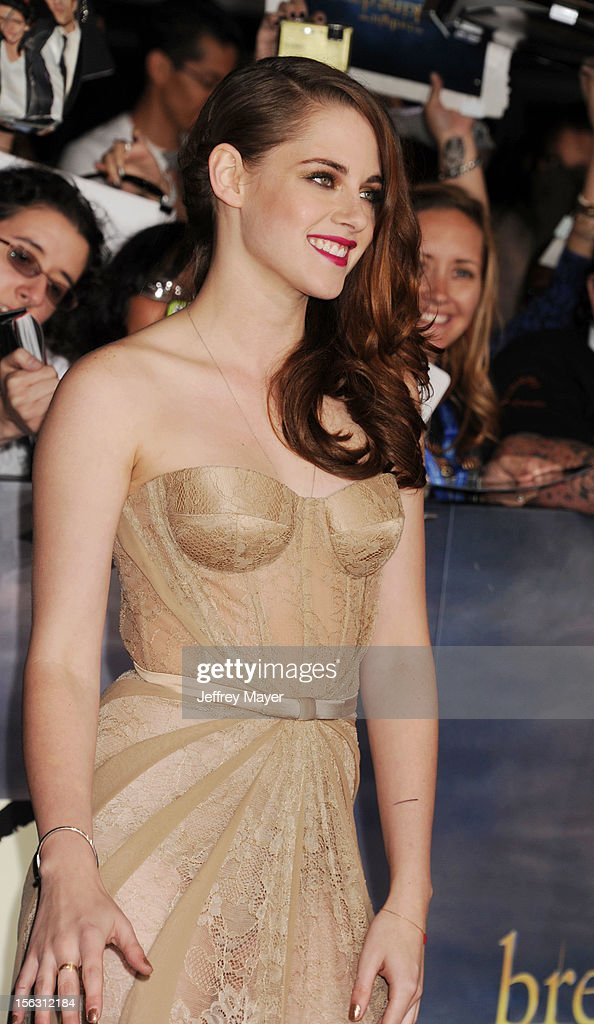 Actress Kristen Stewart arrives at the 'The Twilight Saga: Breaking Dawn - Part 2' Los Angeles Premiere at Nokia Theatre L.A. Live on November 12, 2012 in Los Angeles, California.