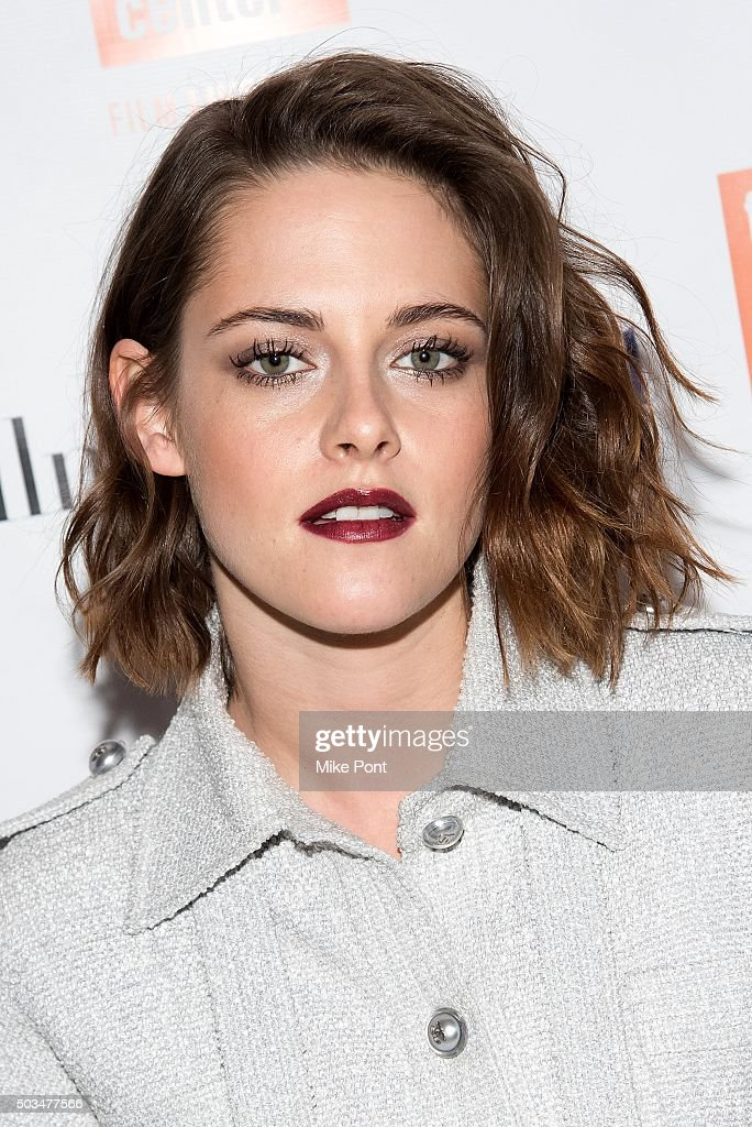 Actress <a gi-track='captionPersonalityLinkClicked' href=/galleries/search?phrase=Kristen+Stewart&family=editorial&specificpeople=2166264 ng-click='$event.stopPropagation()'>Kristen Stewart</a> attends the 2016 Film Society Of Lincoln Center Luncheon at Scarpetta on January 5, 2016 in New York City.