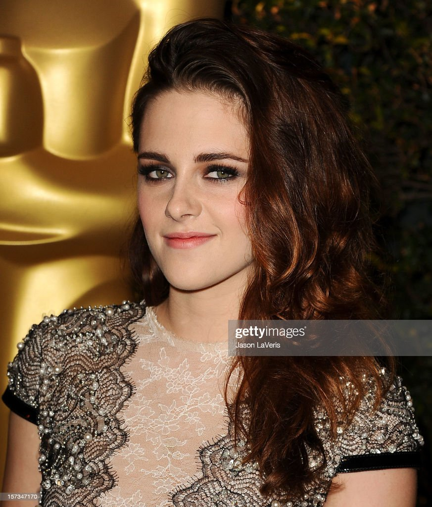 Actress <a gi-track='captionPersonalityLinkClicked' href=/galleries/search?phrase=Kristen+Stewart&family=editorial&specificpeople=2166264 ng-click='$event.stopPropagation()'>Kristen Stewart</a> attends the Academy of Motion Pictures Arts and Sciences' 4th annual Governors Awards at The Ray Dolby Ballroom at Hollywood & Highland Center on December 1, 2012 in Hollywood, California.