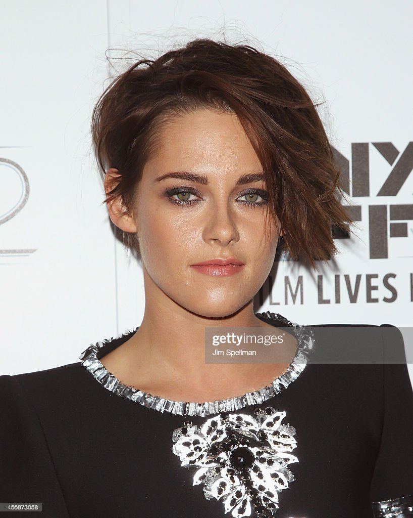 Actress <a gi-track='captionPersonalityLinkClicked' href=/galleries/search?phrase=Kristen+Stewart&family=editorial&specificpeople=2166264 ng-click='$event.stopPropagation()'>Kristen Stewart</a> attends the 'Clouds Of Sils Maria', 'Merchants Of Doubt' & 'Silvered Water' screenings during the 52nd New York Film Festival at Alice Tully Hall on October 8, 2014 in New York City.