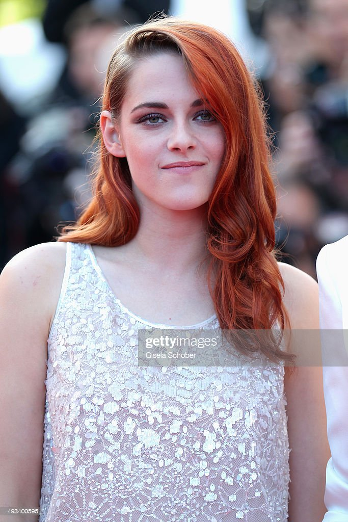 Actress <a gi-track='captionPersonalityLinkClicked' href=/galleries/search?phrase=Kristen+Stewart&family=editorial&specificpeople=2166264 ng-click='$event.stopPropagation()'>Kristen Stewart</a> attends the 'Clouds Of Sils Maria' premiere during the 67th Annual Cannes Film Festival on May 23, 2014 in Cannes, France.