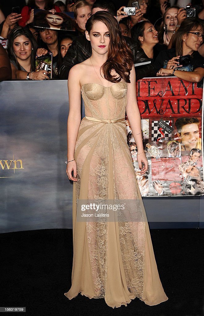 Actress Kristen Stewart attends the premiere of 'The Twilight Saga: Breaking Dawn - Part 2' at Nokia Theatre L.A. Live on November 12, 2012 in Los Angeles, California.